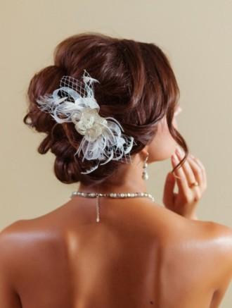 Свадебные головные уборы - Цветок из бисера.